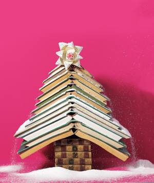 quick christmas crafts with discarded books - Christmas Tree Book